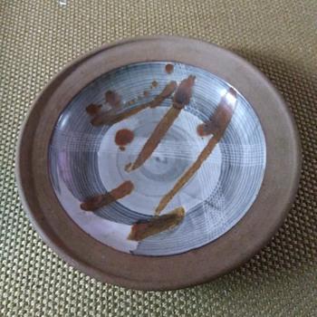Stoneware pottery plate - Pottery