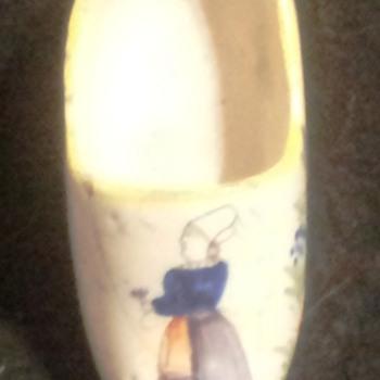 """Quimper-  HB Shoe (Salt holder) Peasant Woman. 3 1/2"""" Long.    - Pottery"""