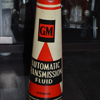 GM oil can - Petroliana