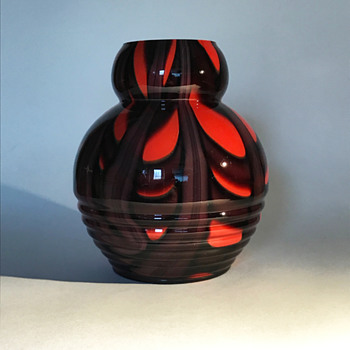 Kralik Ribbed Vase with Webbed Décor - Art Glass