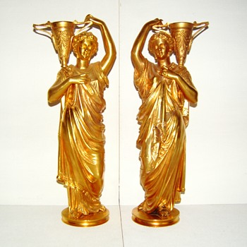 A pair of French (?) figurines from late 19th century. Who's the sculptor ? - Figurines