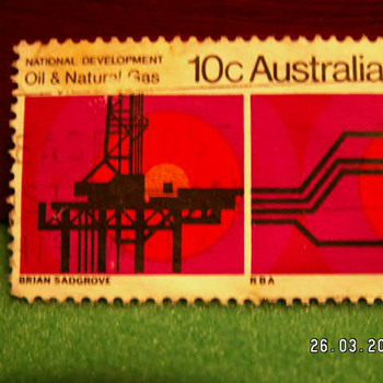 Vintage National Oil & Natural Gas 10C Stamp ~ Australia