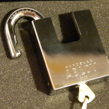 Abloy 3095 padlock NEW Old Stock profile keyway,un-used - Tools and Hardware
