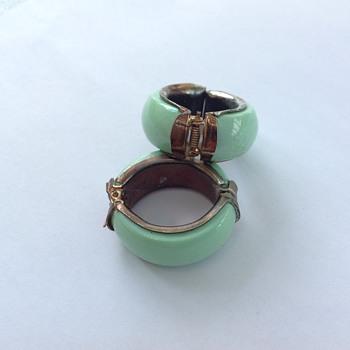 Ear rings  - Costume Jewelry
