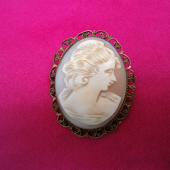 Antique Cameo. - Fine Jewelry