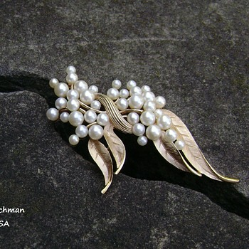 Trifari Pearl Brooch - Gems of the Sea - Costume Jewelry
