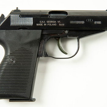 Polish P-83 Wanad Service Pistol - Military and Wartime