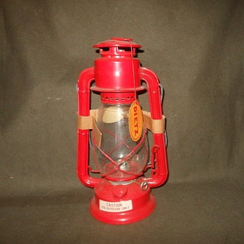 1970s Dietz Lantern Old Store Stock - Sporting Goods