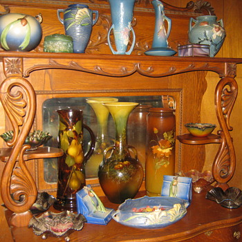 POTTERY & CARNIVL GLASS - Pottery