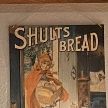 Shults bread tin - Advertising
