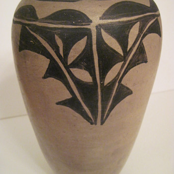 Can you assist with Pueblo and age of pottery?? - Native American