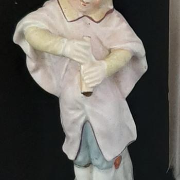 Unknown porcelain figurine  - Figurines