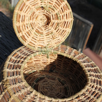 Woven Basket small with hinged lid.  Seminole Pine Needle Basket??? - Native American