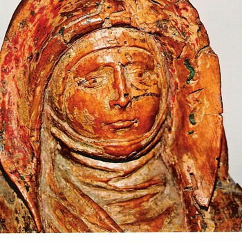 Wood carving Madonna