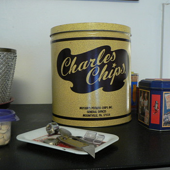 Charles Chips tin - Advertising