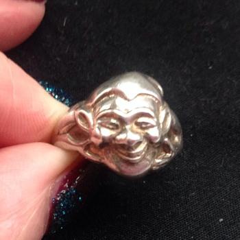 Silver Bernard Instone ring - Silver