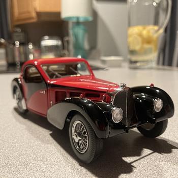 Franklin Mint 1936 Bugatti Type 57sc - Model Cars