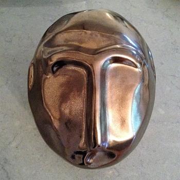 CERAMIC MID-CENTURY METALIC PAINTED SCULPTURAL HEAD - Pottery