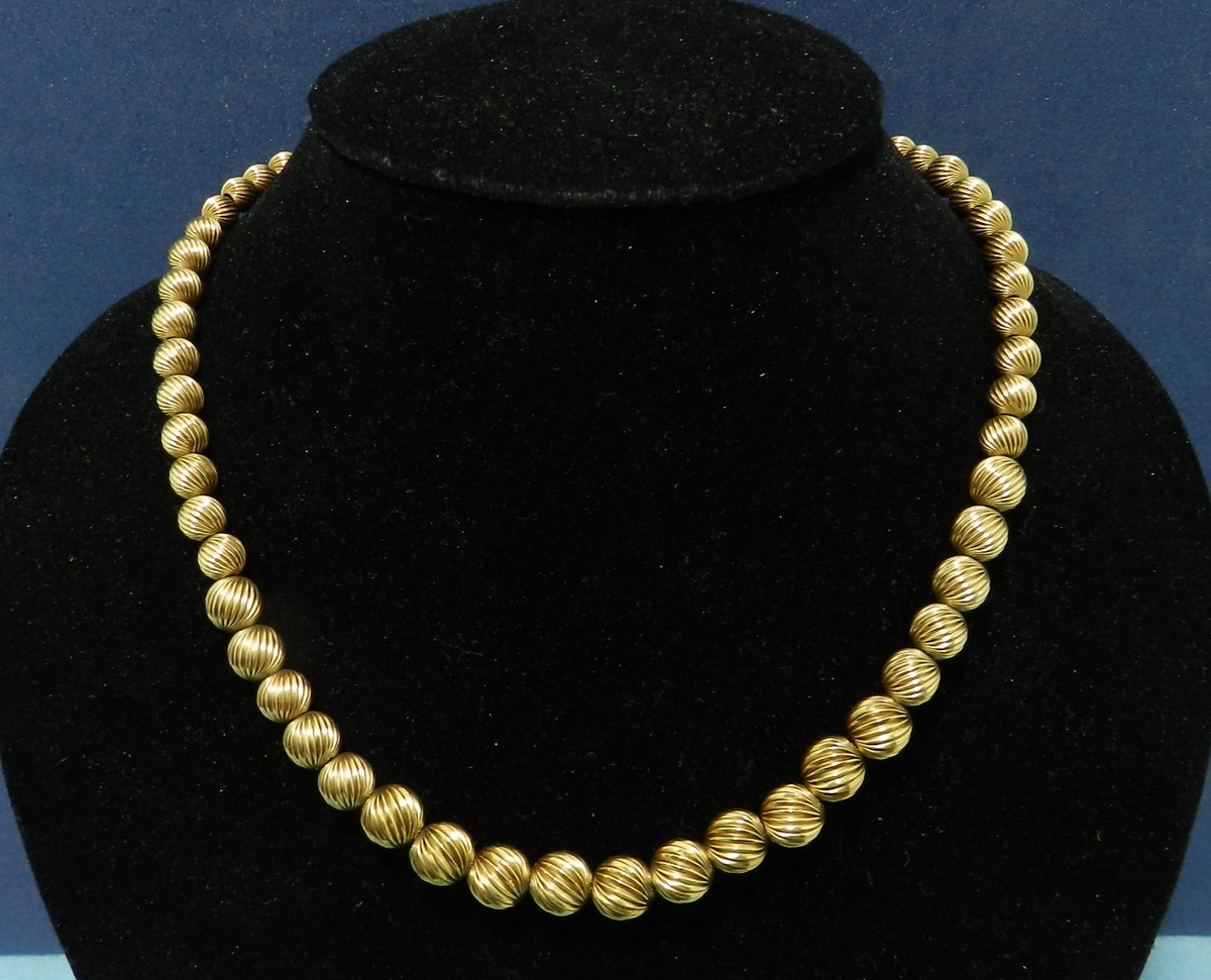 14k Gold Fluted Bead Necklace - 1940\'s-60\'s - Thrift Store ...