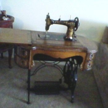 Sunset Sewing Machine Model 24558 - Sewing