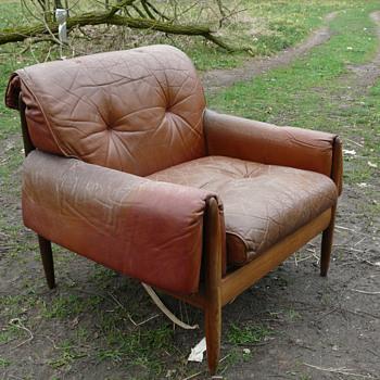 unknown mid century arm chair - Mid-Century Modern