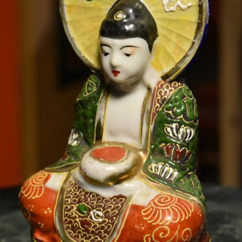 Satsuma Bodhisatva - marked - vase? - Pottery