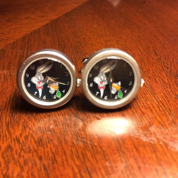 Bugs Bunny Functional Clock Cufflinks circa 1996 from the old Warner Brothers Studio Store
