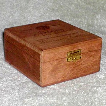 Suerdieck Cigarrilhos Wooden Box - Tobacciana
