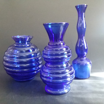 Cobalt USA marked vases - Glassware