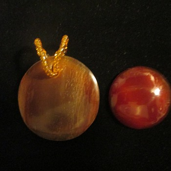 Horn pendant and banded carnelian agate disc