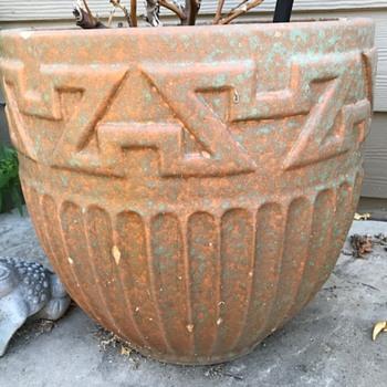 Gladding McBean Planter - Pottery