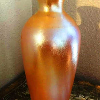 Durand Gold Lustre Vase with Original Label c.1925. - Art Glass