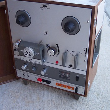8 Track and Video reel player - Electronics