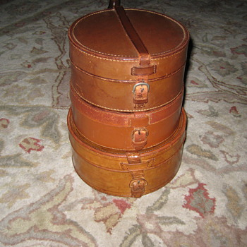 Antique Shirt Collar Traveling Boxes - Bags
