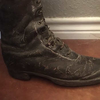 Military boots  - Military and Wartime