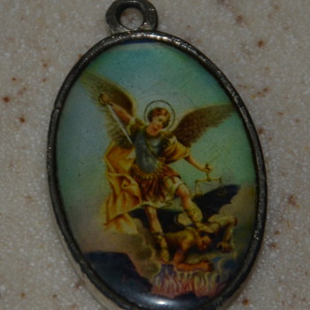 La Virgen de Guadalupe Pendant - well-worn! - Fine Jewelry