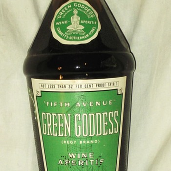 Rare 1950's Green Goddess Wine Aperitif. - Bottles