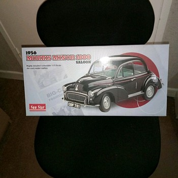 1956 Morris Minor 1000 Saloon 1:12 Sun Star,die cast model replica  - Model Cars