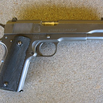 Springfield Armory M1911A1 .45 auto pistol - Military and Wartime