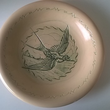 Unusual Intaglio Swallow Glazed Terracotta Plate - Pottery