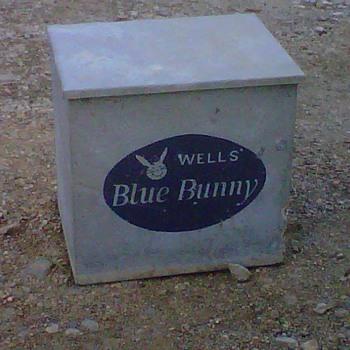 Wells Blue Bunny Milk Cooler