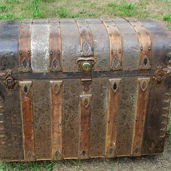 1880's 1890's Ornate Embossed Monitor Trunk - Furniture