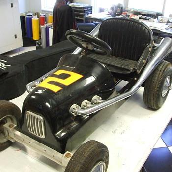Antique Pedal Car Racer - Model Cars