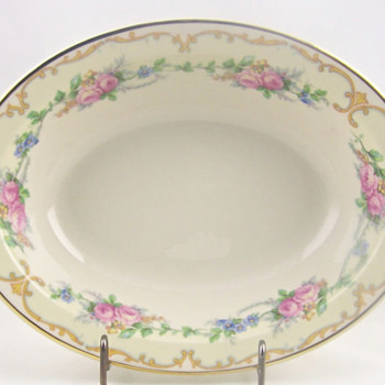 Beautiful Avondale Old Ivory Oval Serving Bowl - China and Dinnerware