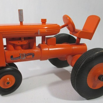Peter-Mar Tractor Set