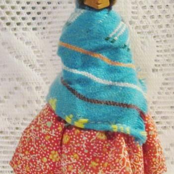 Tarahumara souvenir figurine - Figurines