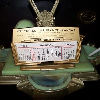 Small metal desk calendar salesman sample 1962 - Advertising