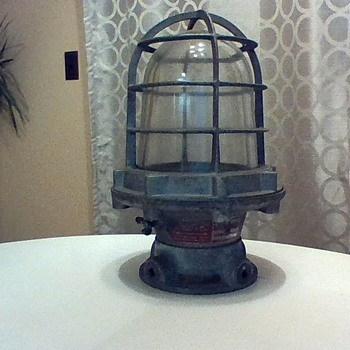 CROUSE HINDS EVCA 120 - Lamps