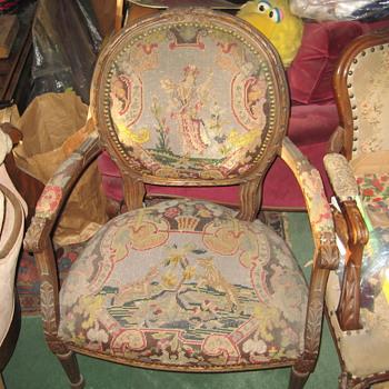 Chair   (old) - Victorian Era