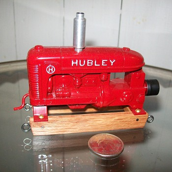 Hubley Kiddie Toy power unit - Model Cars